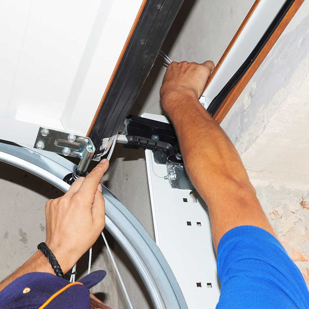garage door repair & roller placement Mustang Ok